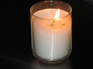 Yahrtzeit_candle