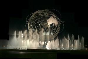 ¿Cuánto pesan las inversiones, la cultura o las capacidades militares en las relaciones internacionales? Imagen de una escultura de un globo terráqueo. Foto: MK Luo (CC BY-NC-ND 2.0). Blog Elcano