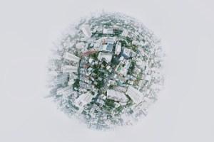 Re-globalisation with hiccups. Photo: Joshua Rawson-Harris (@joshrh19). Elcano Blog