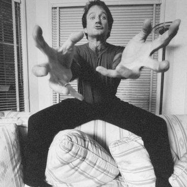 "Robin Williams in ""Robin Williams: Come Inside My Mind"""