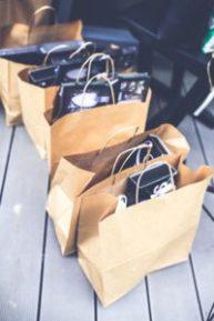 Bolsas de papeles con regalos