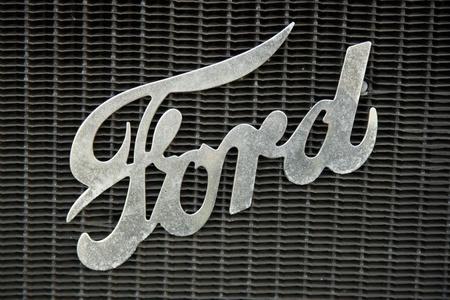 logo ford coche