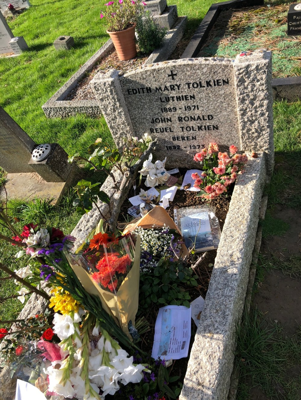 The grave of Tolkien and his wife
