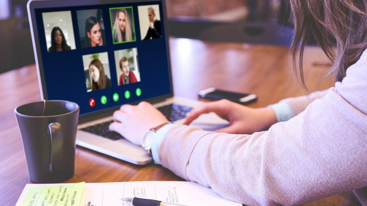 5 expert tips for lighting your video calls