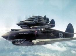 Для Флаин Тайгер художники Диснея еще и акулью пасть придумали Дисней против Гитлера МУЛЬТЯШКИ ДИСНЕЯ ПРОТИВ ГИТЛЕРА
