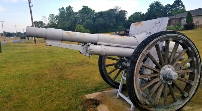 WWI 4.7-inch Gun Number 395 At The VFW Post 1137 in Watervliet, Michigan