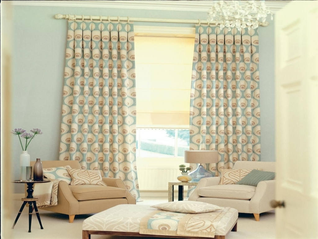 Hotel Style Bedroom Decorating Idea Tips | Royal Furnish on Living Room Curtains Ideas  id=94621