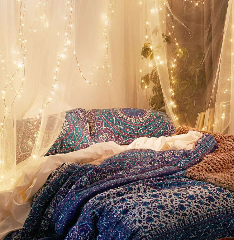 How to Give Gypsy Look To Bedroom Decor | Royal Furnish