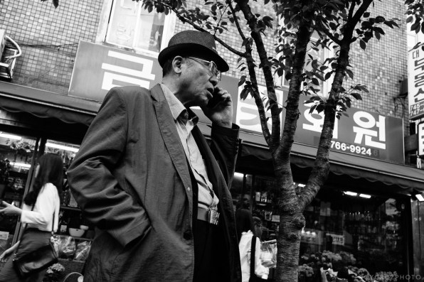 Seoul Korea Street Photographer Roy Cruz Jongro BW-5
