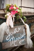 Outside of barn in which decorating took place. (Genevieve Leiper Photography)