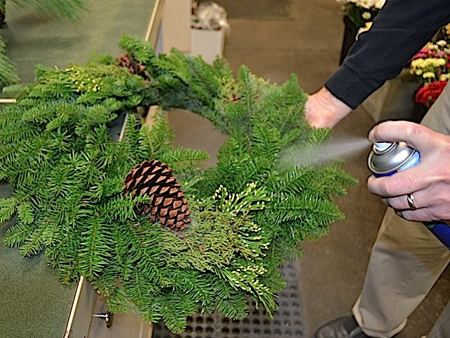 Use Hairspray To Preserve Your Holiday Wreath Royer S Flowers And