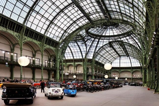 Изложба на класически автомобили в Гран Пале