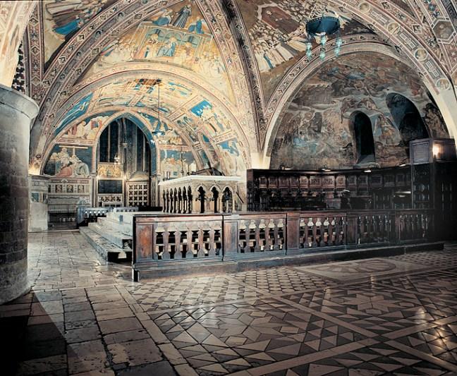 Assisi_Altare_Basilica_inferiore