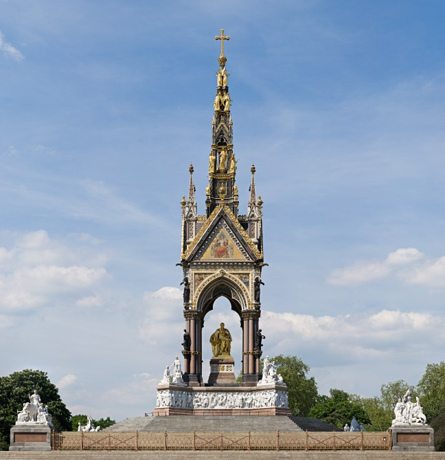 Albert_Memorial,_London_-_May_2008