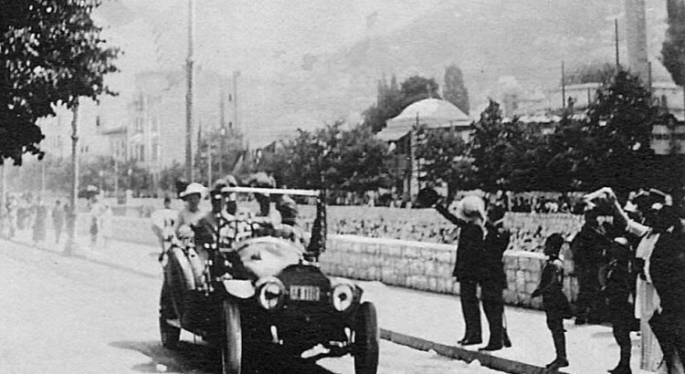 A picture acquired from the historical archives of Sarajevo on June 28, 2014 shows Archduke Franz Ferdinand and his wife Sophia riding in their car, minutes before their assassination on June 28, 1914. The assassination of Archduke Franz Ferdinand by 19-year-old Bosnian-Serb nationalist Gavrilo Princip in Sarajevo, 100 years ago this June 28, is widely considered to have sparked World War I.  ''Last picture taken of the royal couple, minutes before the attack''. AFP PHOTO/HISTORICAL ARCHIVES OF SARAJEVO        (Photo credit should read STR/AFP/Getty Images)