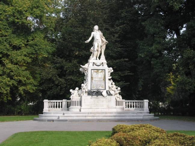 WienBurggartenMozart