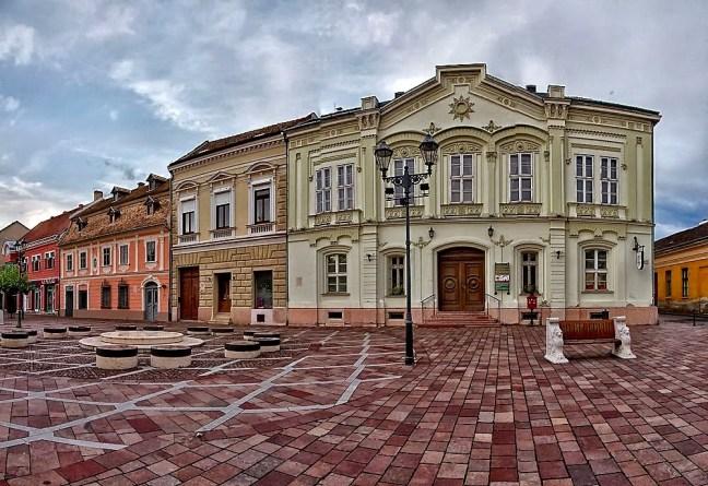 Площад Сечени