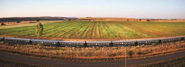 Пътешествие с влак на Ровос