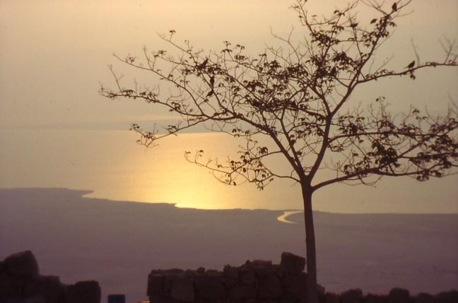 Изгревът над Мъртво море