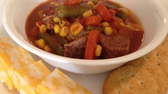 Slow cooker Soups. Beef Vegetable