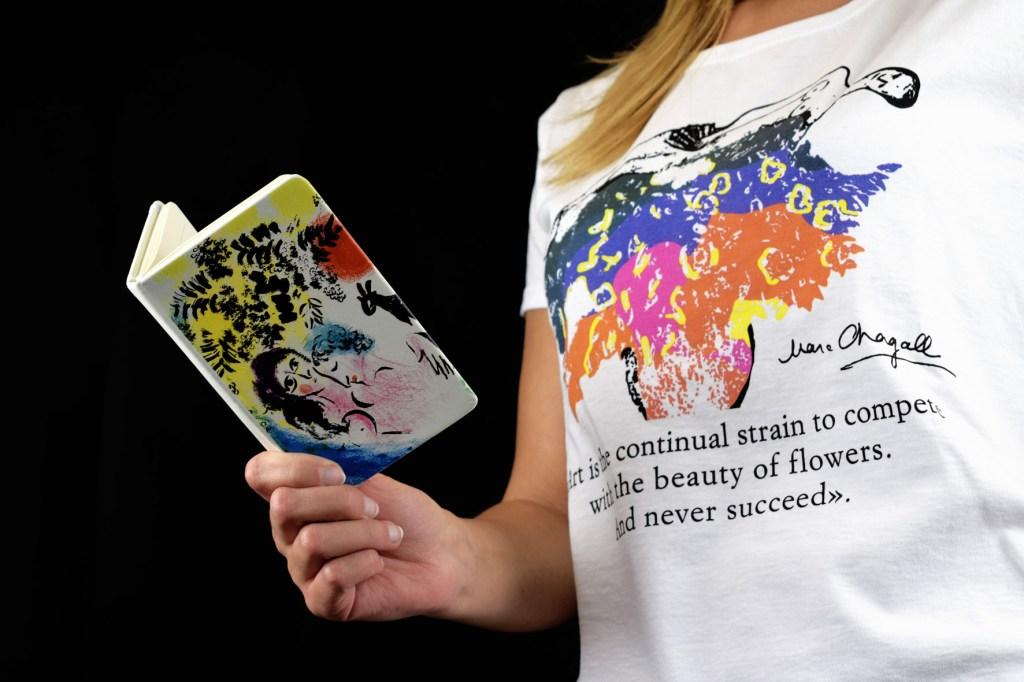 """T-shirt personalizzata per """"Marc Chagall e Ottavio Missoni: sogno e colore"""""""
