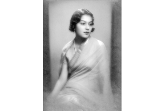 Portrait of Maharani Menaka Devi, 1940. Image Credit: http://www.tasveerarts.com/group-shows/subjects-spaces/view-individual-images/?p=22