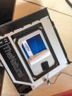 Für den Temperatursensor musste der Aufkleber der SSD angehoben werden