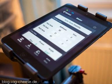 Die DJI Assistant App auf dem iPad mini, welches auch als Kameramonitor dient