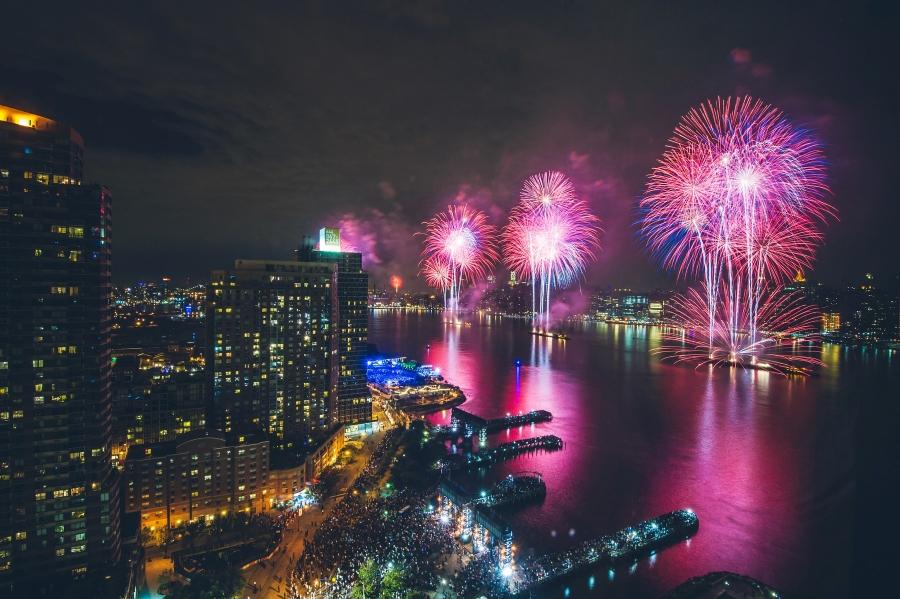 long island city fireworks