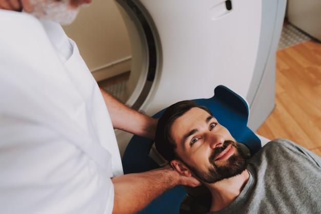 xạ trị điều trị ung thư chèn ép tủy sống