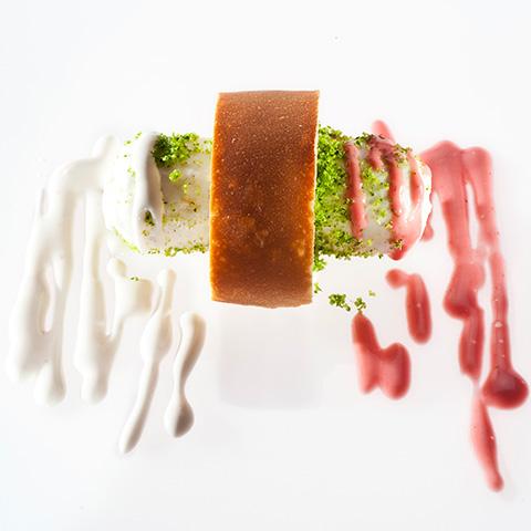 hot-dog di seppia, di Moreno Cedroni | ©Foto Francesca Brambilla e Serena Serrani
