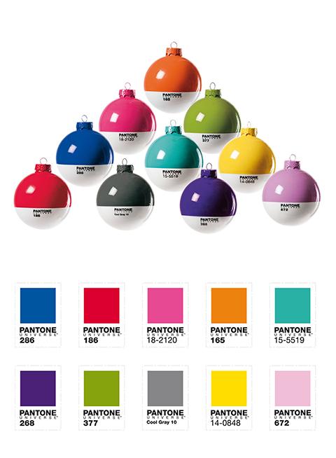 PantoneBall, le palle di Natale Pantone, di Seletti