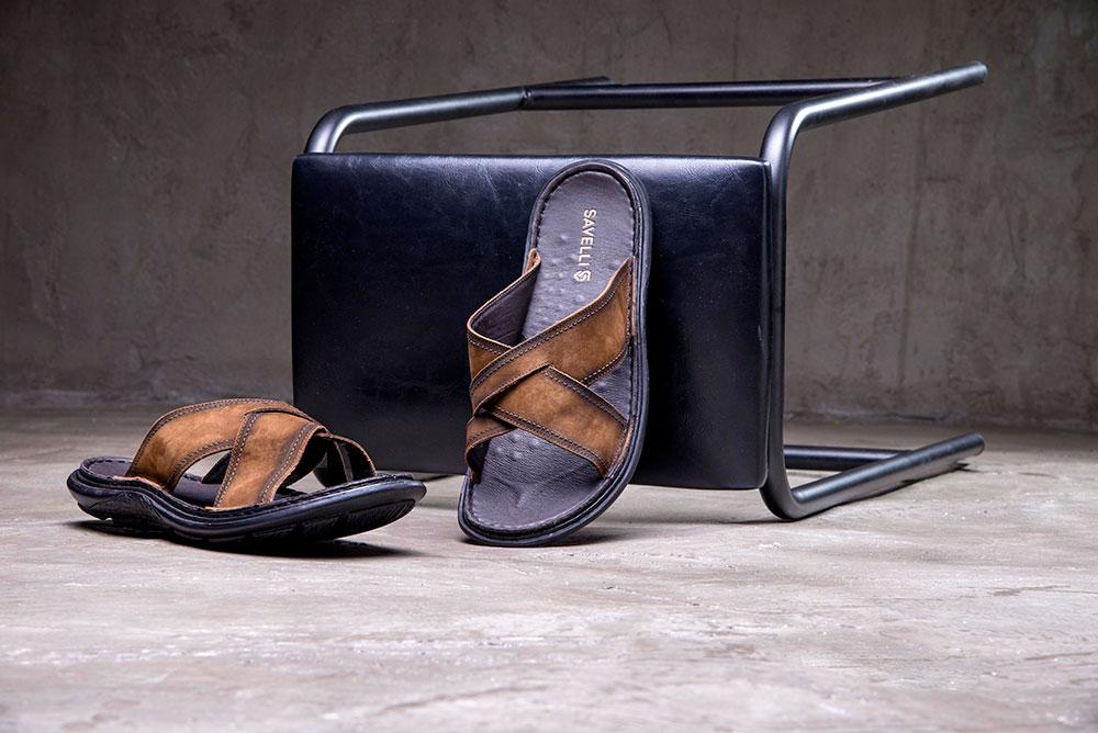Para dias quentes: sandalias masculinas