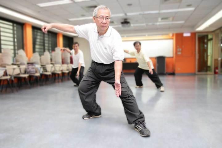 熟齡人生-太極拳教學示範