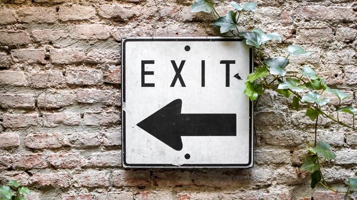 多益 快餐車 | TOEIC必學捷運實用單字 exit/initiate/initial