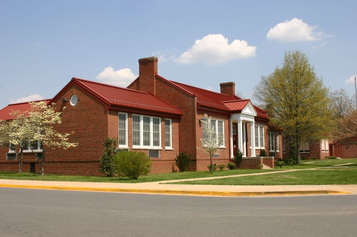 This image has an empty alt attribute; its file name is Dumfries-Elementary.jpg