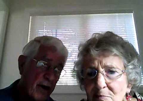 Opa und Oma entdecken die Webcam