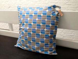 pillow_blue_piercing1