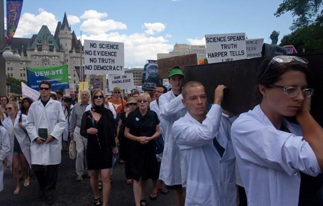 demostrators marching