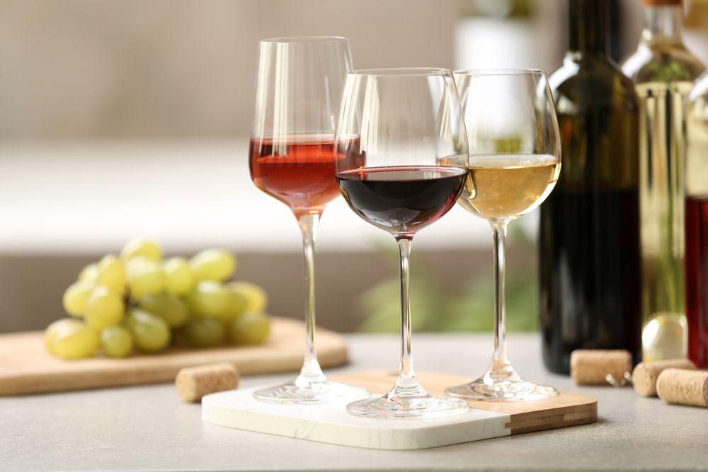 Conoce los tipos de vinos y prepara tu propia cata en casa