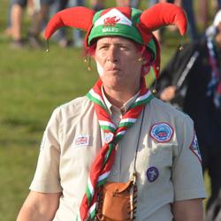 world-scout-crest