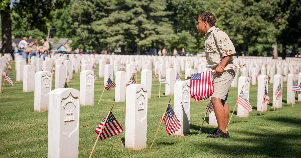 Guidance for honoring veterans with grave site flags on Memorial Day
