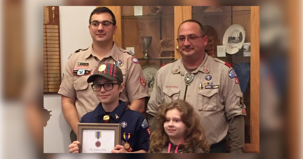 Unsung Hero: 9-year-old Cub Scout calmly calls 911 after sister's injury