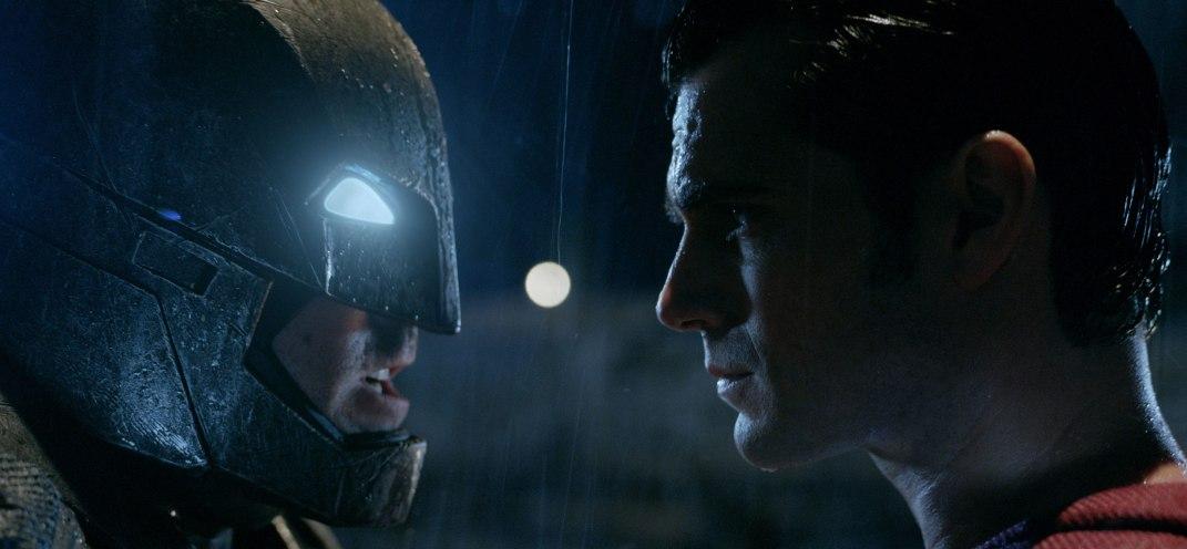 Comic-Con brings The Batman in new Batman v Superman trailer