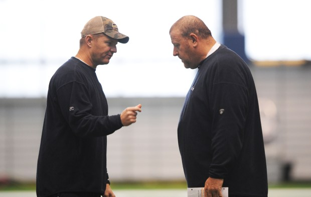 Darrell Bevell, Tom Cable
