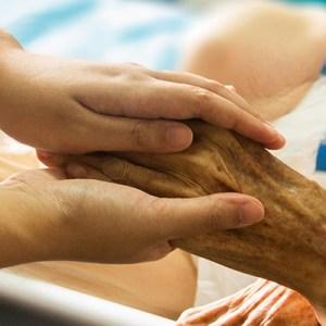 Pflegekräfte rekrutieren Klinik Employer Branding Beispiel Pflege