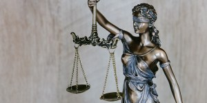 jobs-im-fokus-legal-assistent