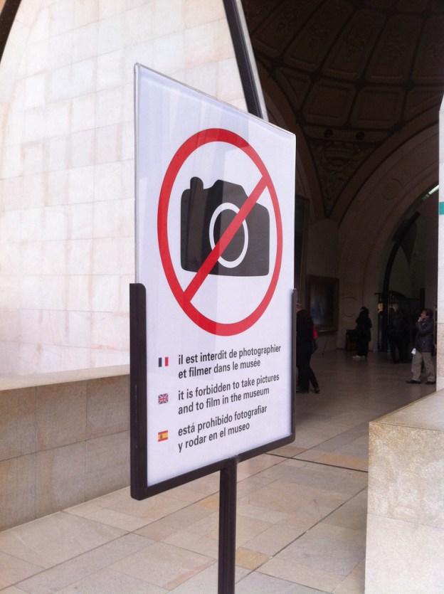 Interdiction de la photographie au Musée d'Orsay © OrsayCommons 2011