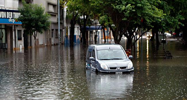 Seguro de automóvel cobre prejuízos de enchentes?