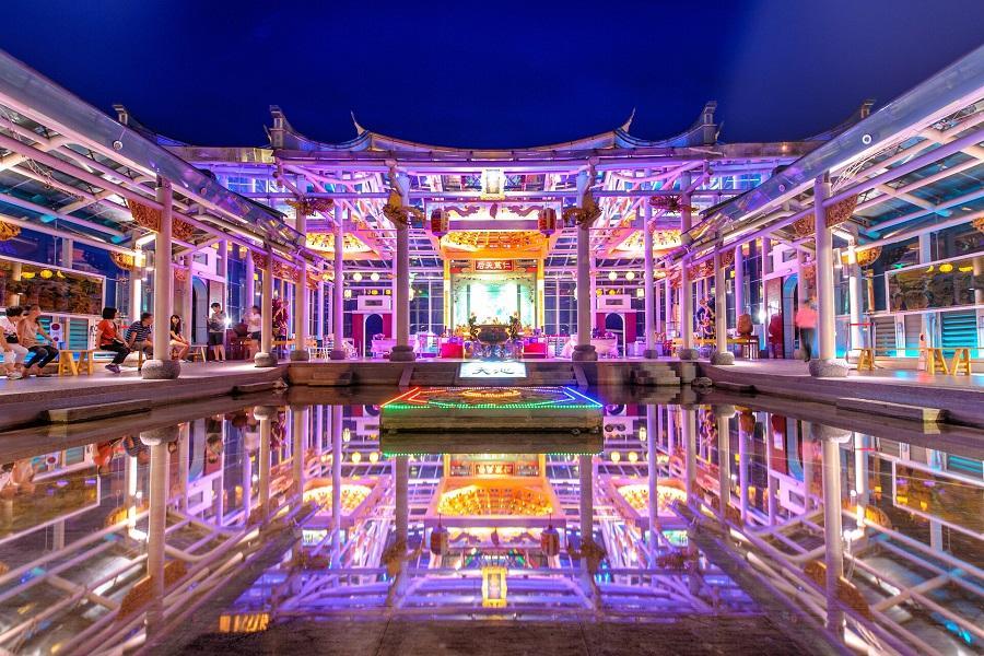 鹿港媽祖玻璃廟|東南旅遊